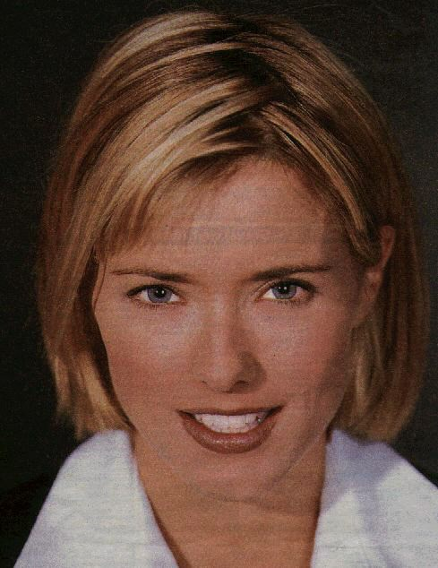 BabeStop - World's Largest Babe Site - tea_leoni056.jpg